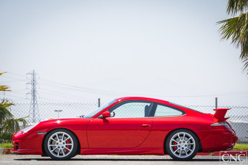 BEAUTIFUL 2004 Porsche 911 GT3